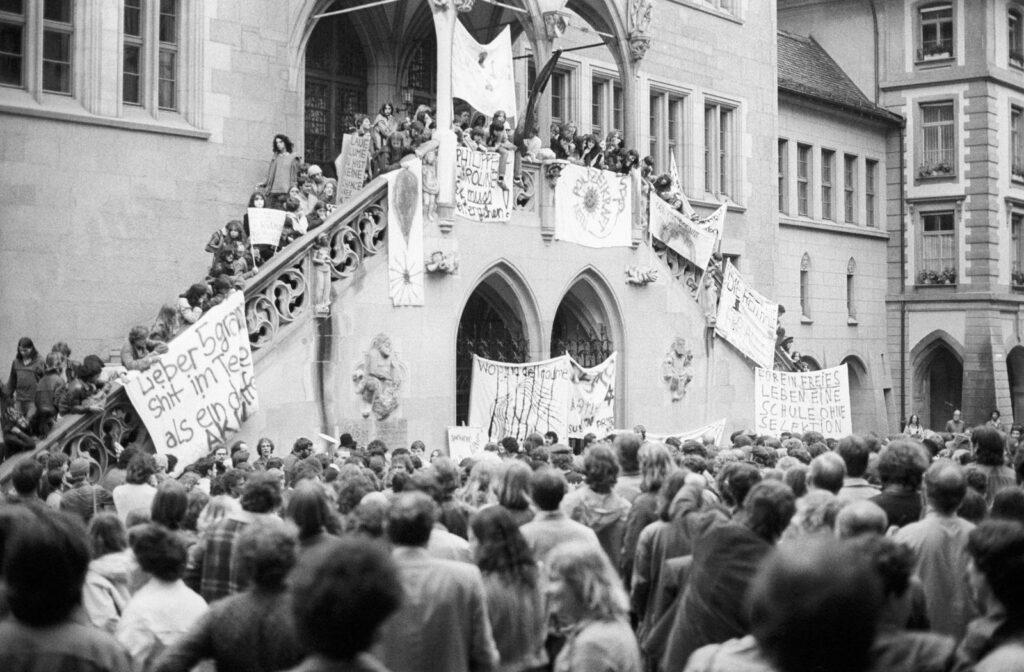Schon 1980 forderten die unruhigen Jugendlichen eine Schule ohne Selektion